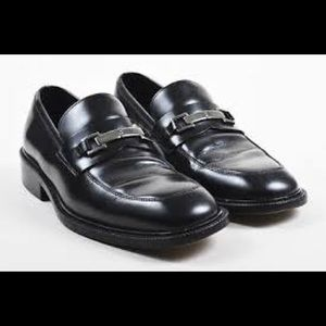 Gucci Black Leather Silver Tone Buckle Loafers